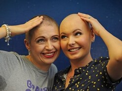 'It takes an amazing person to do this': Mum braves head shave for charity