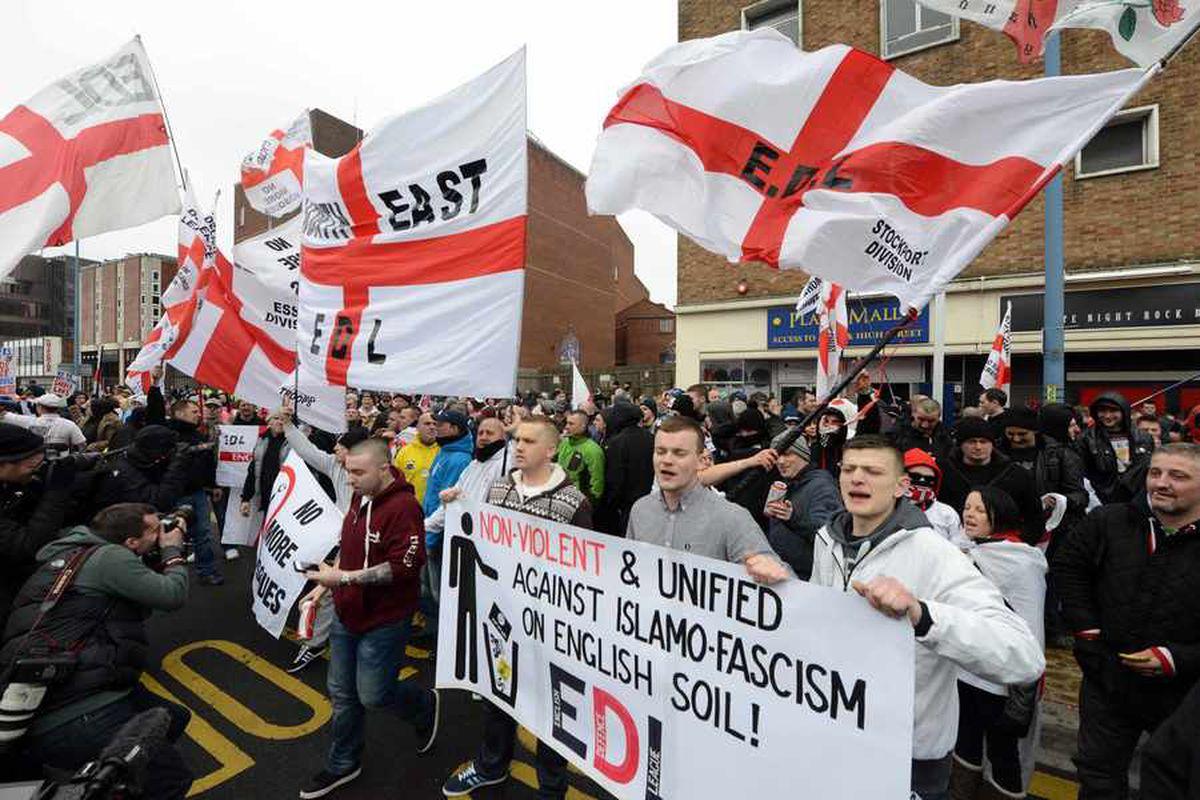 Twenty nine arrests as EDL protests in Dudley