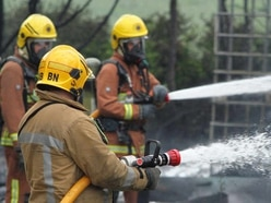 Seven fire crews tackle large barn blaze