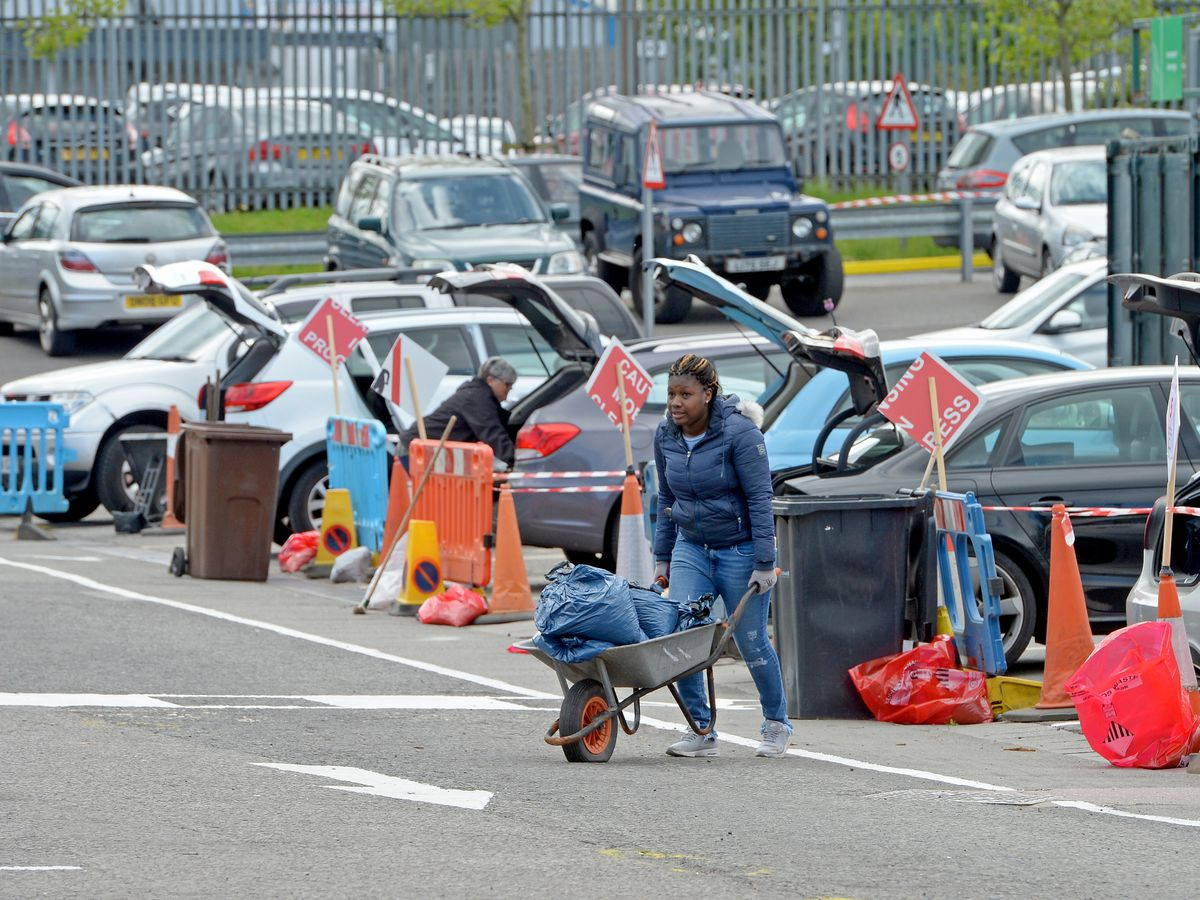 People have been using the tip in Oldbury today
