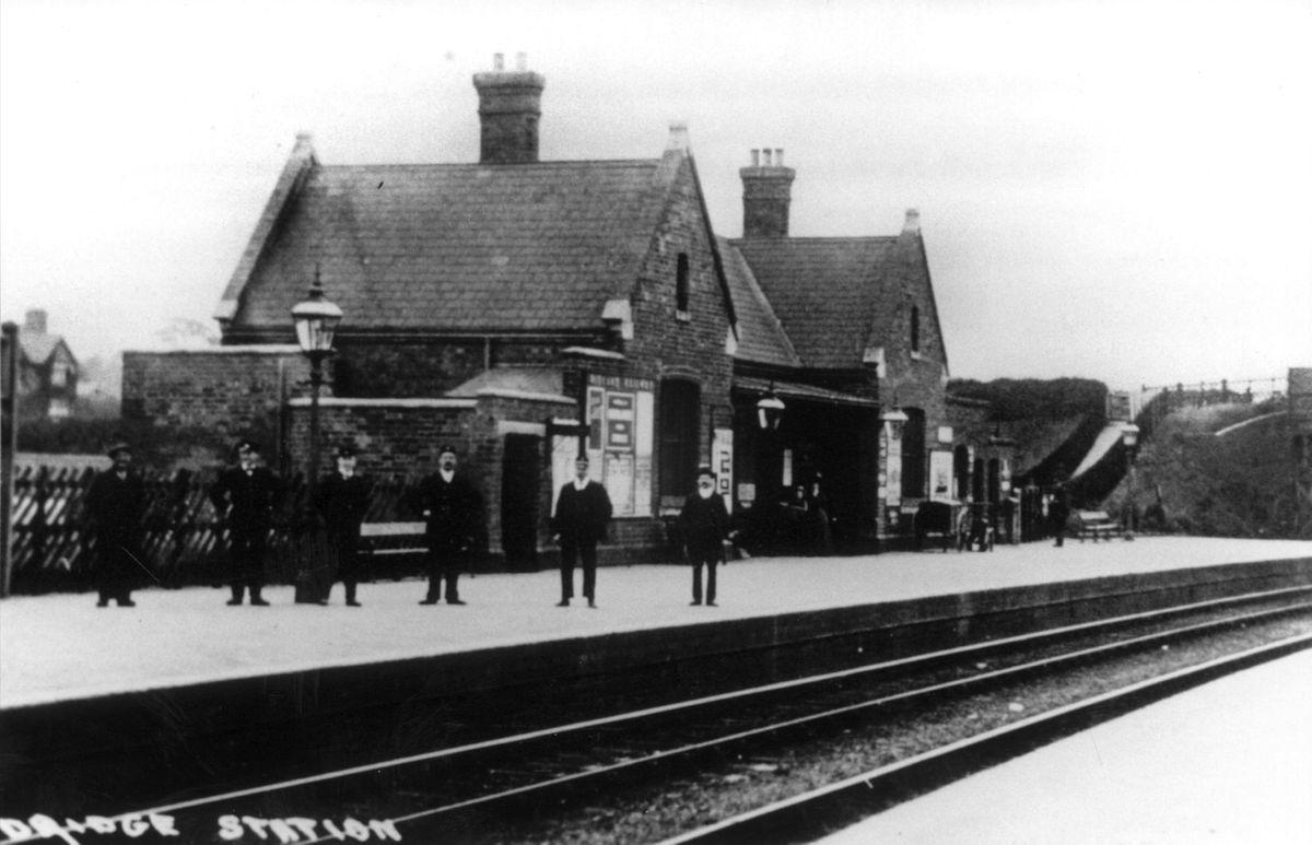 Aldridge Railway Station in the early 20th century