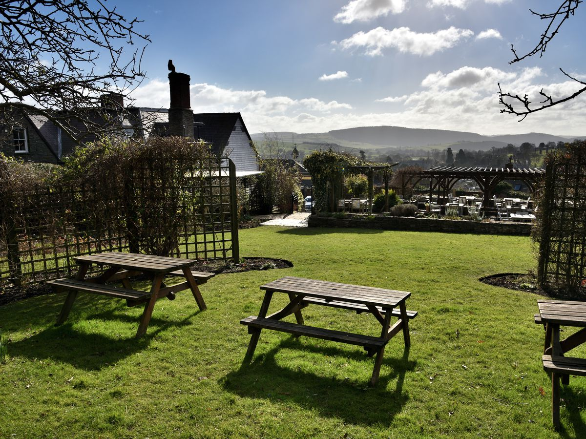 Looking for somewhere to enjoy beers in the sun?