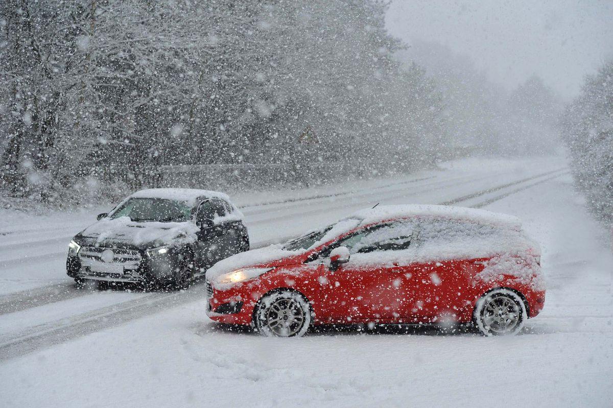 Snowy roads in Hednesford