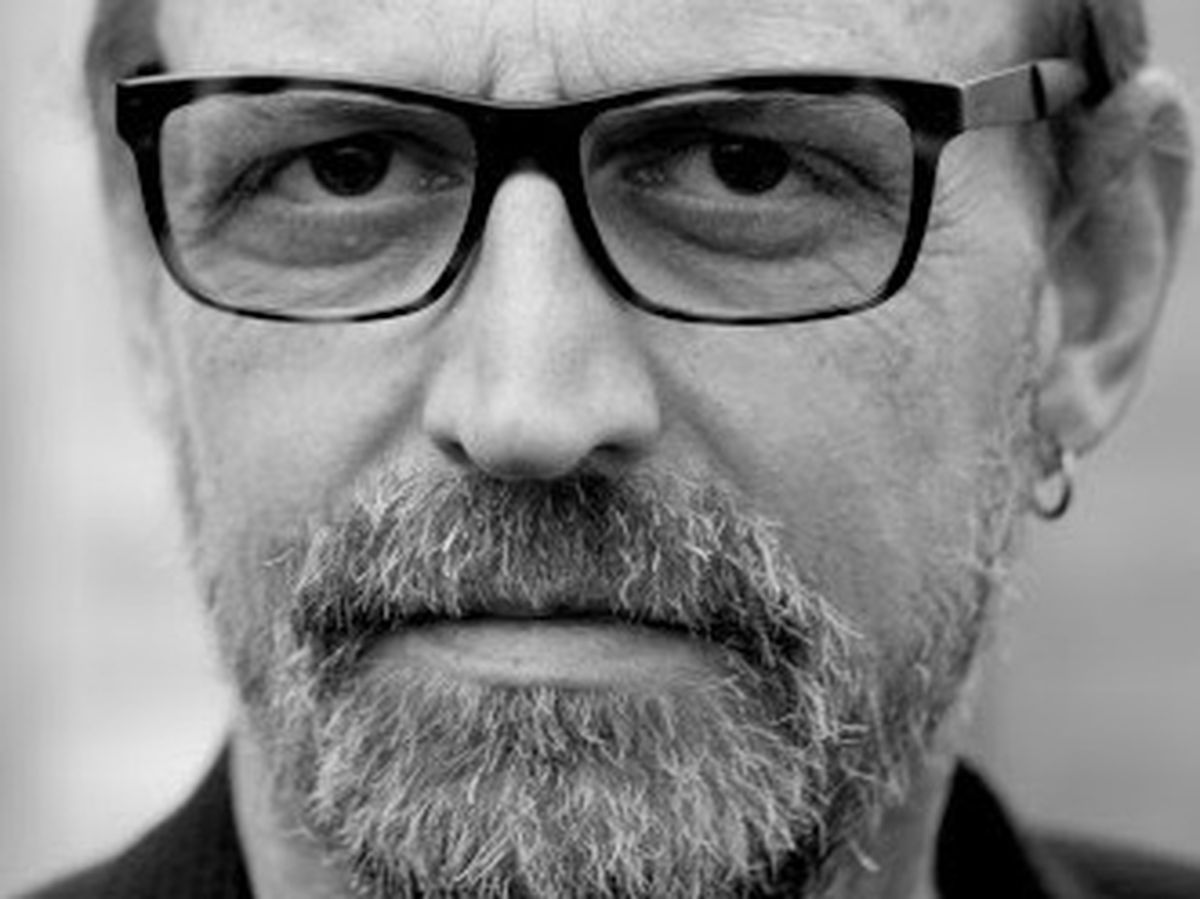 Boo Hewerdine is heading back to Wolverhampton to play with Dan Whitehouse