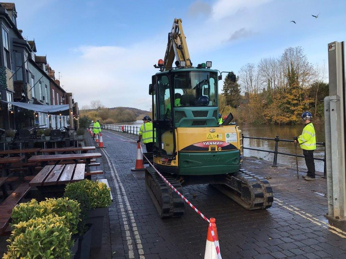 Flood defences have been put up at Bewdley - picture by Environment Agency Midlands