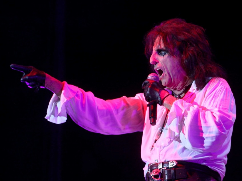 Guillotines, straight jackets and demonic babies: Alice Cooper, Birmingham - review with pictures