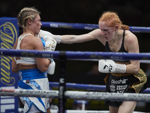 Shannon Courtenay vs Rachel Ball (Picture By Mark Robinson)