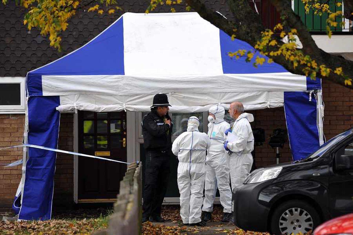 Body found in Great Bridge flat