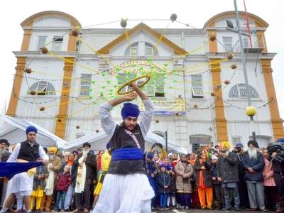 WATCH: Sikhs celebrate Guru Nanak's 550th birthday with Sandwell parade
