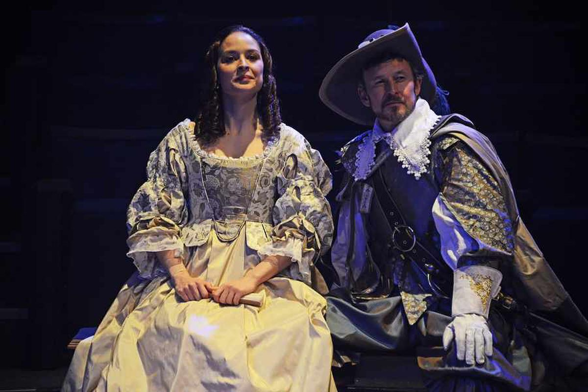 Sharon Singh as Roxane and Andy Cryer as De Guiche