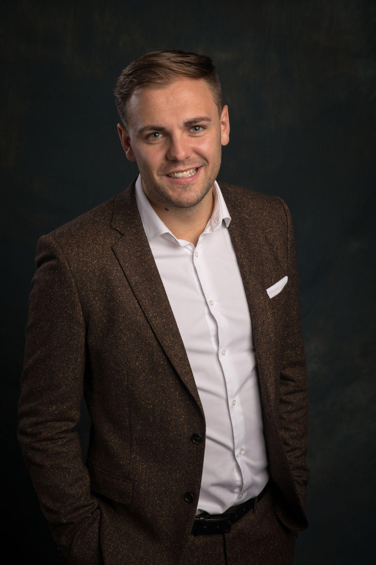 Lewis Alex Smith