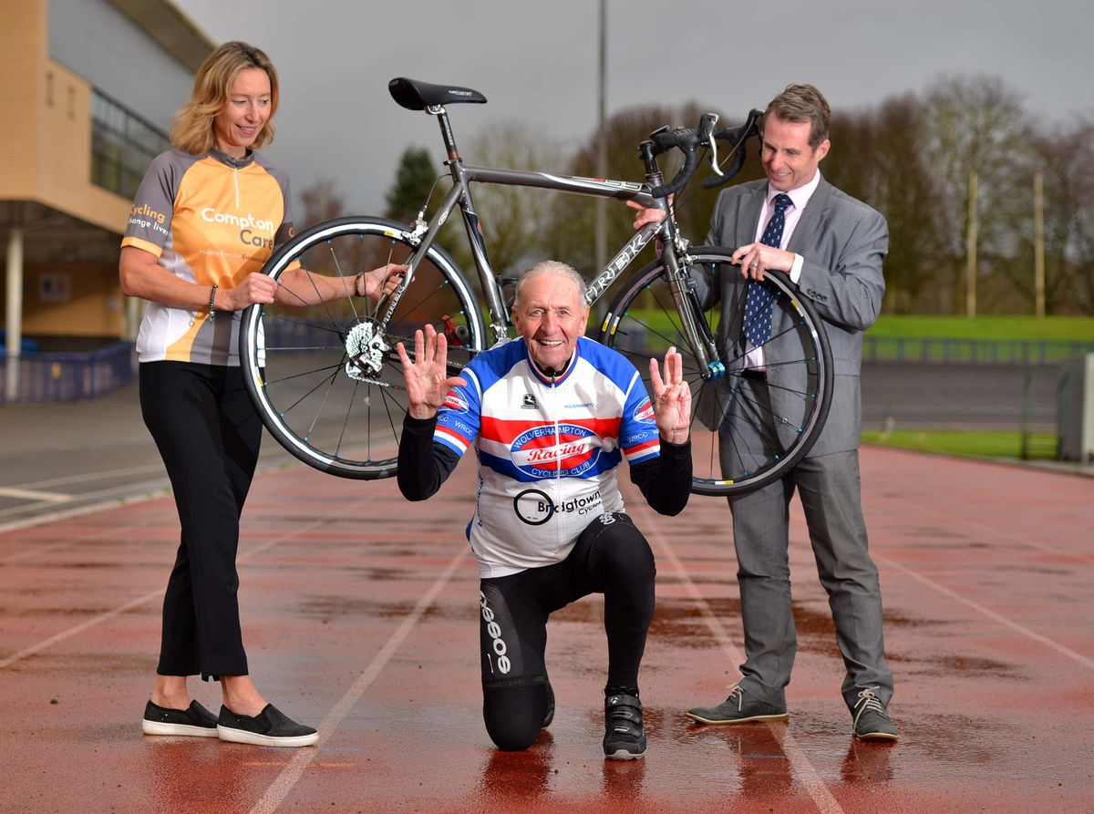 Compton Care's Lisa Bockhoefer (left) and head of leisure at Wolverhampton Council Sean McBurney (right) with cycling legend Hugh Porter.