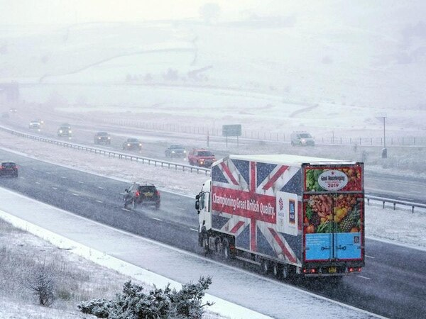 How to drive safely in snowy conditions