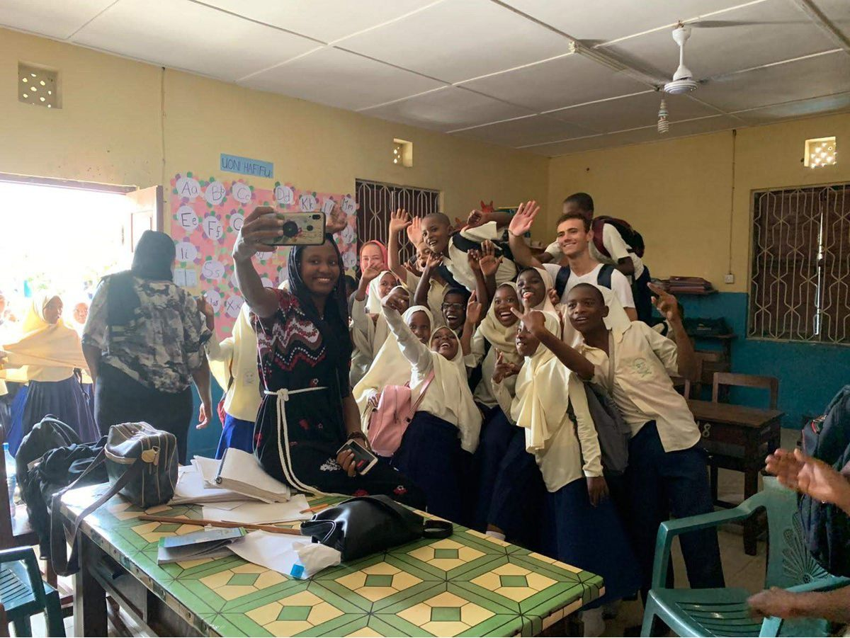 Farewell selfies with pupils at  Kisiwandui Primary School