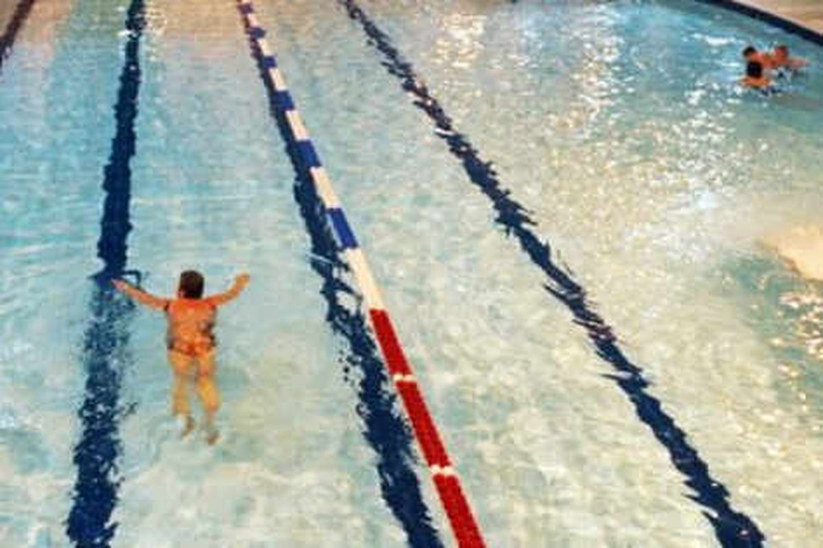 Pool windows covered up for Muslim swimmers
