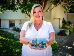 Woman who got postcard sent in 1993 tracks down sender