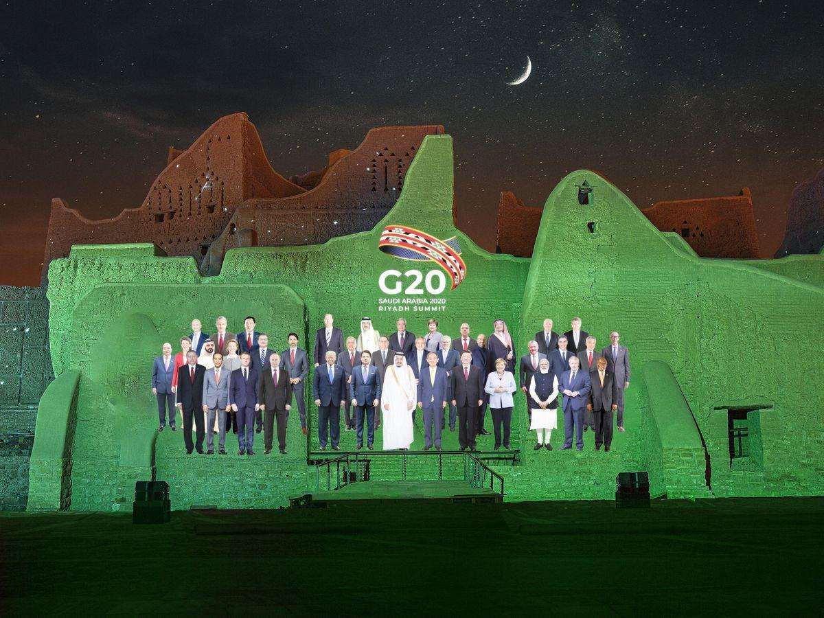 Saudi G20 group photo