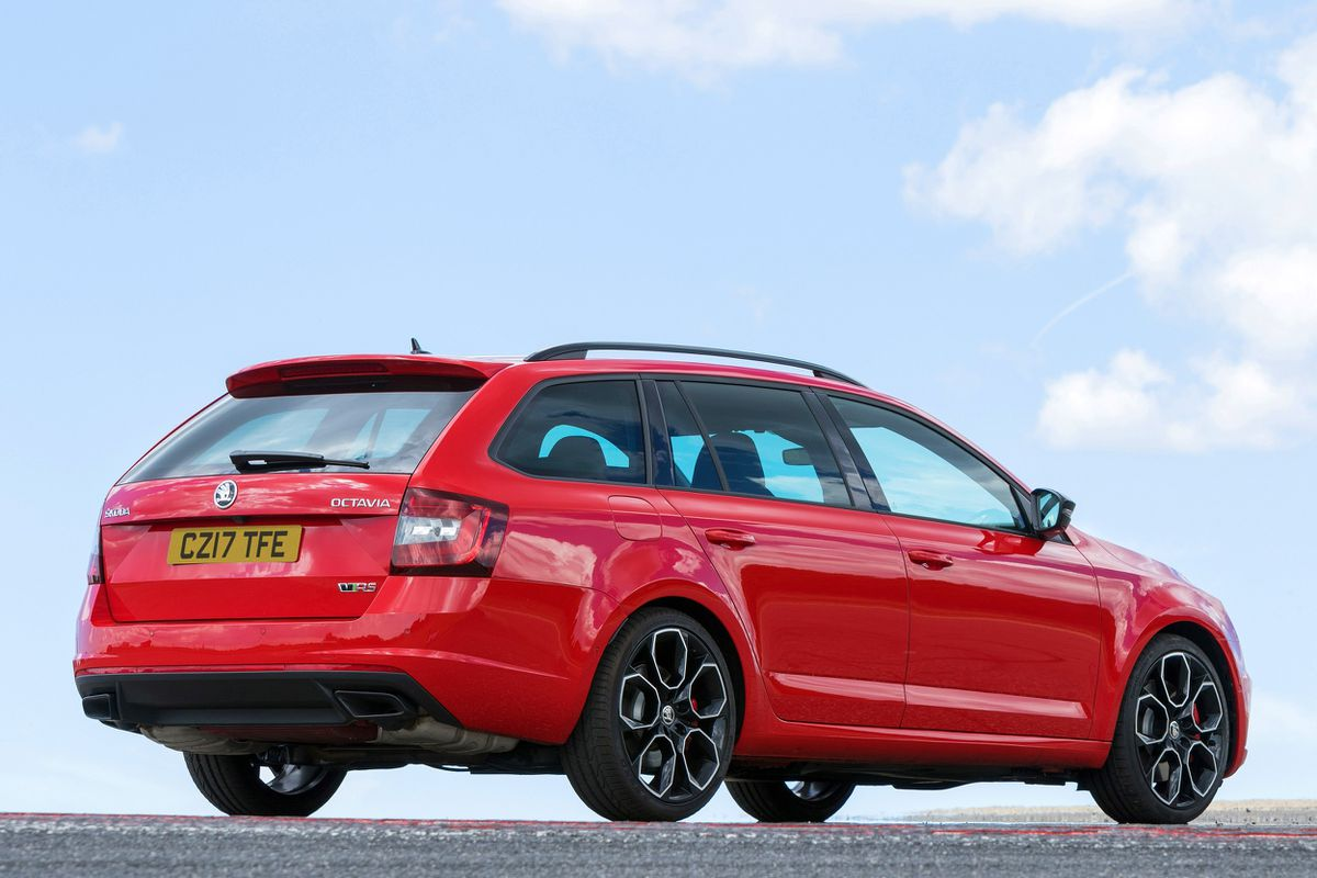 Octavia Vrs Manages To Combine Impressive Performance With Family Car Practicality And Comfort Express Star