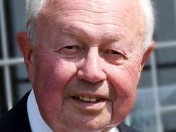 Tributes paid to well-known Wolverhampton businessman and Birmingham League cricketer