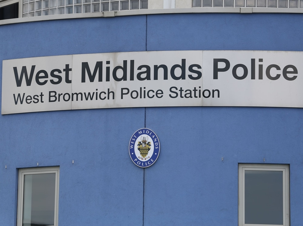Man charged with murder after driving body to police station