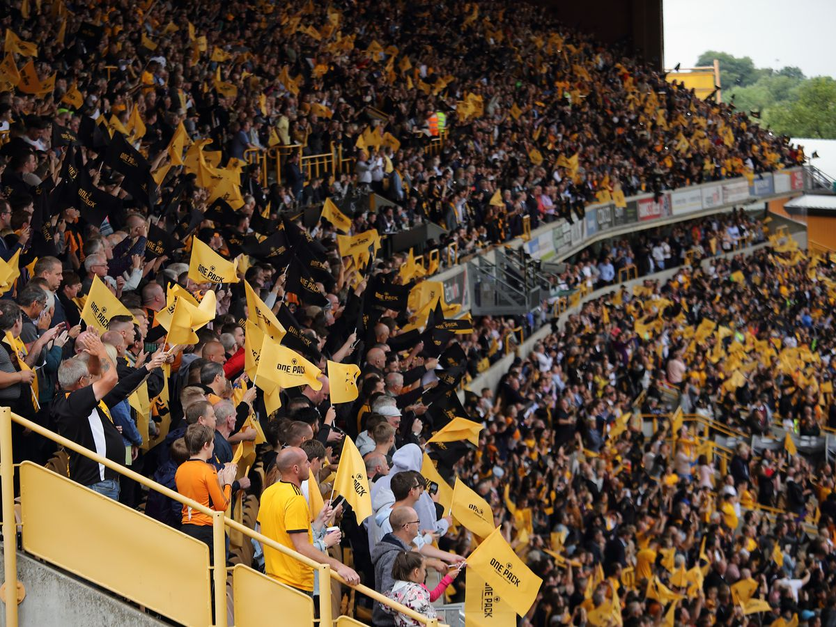 Molineux has been a sell-out for every league game this season (© AMA / Matthew Ashton)