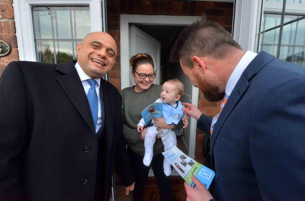 WOLVERHAMPTON COPYRIGHT EXPRESS AND STAR STEVE LEATH 15/11/2019..Pics in Wolverhampton between Aldersley and Pendeford of Goverments : Sajid Javid, come to meet candidate: Stuart Anderson etc. They discussed a potential new Tettenhall rail station. With Stacey Cox and her baby: Reuben Jones (6 months)..