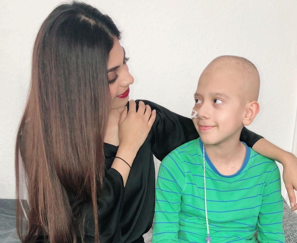 Sana and Dani, 12, in hospital