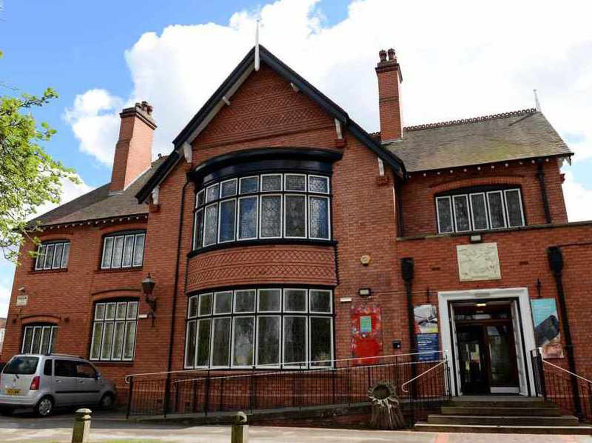 Bilston Library could be moved from the Craft Gallery to the Town Hall