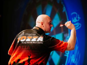DUDLEY COPYRIGHT EXPRESS & STAR JAMIE RICKETTS 19/09/2019 - A night at The Darts at Dudley Town Hall. In Picture: Jamie Hughes from Tipton.