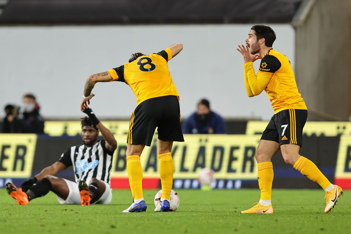 Pedro Neto of Wolverhampton Wanderers reacts after Ruben Neves is adjudged to have fouled Allan Saint-Maximin of Newcastle United (AMA)