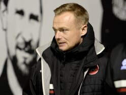 Dean Keates frustrated by Walsall players 'not doing their jobs'