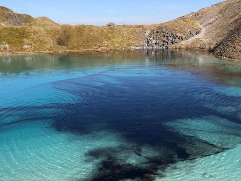 UK Police Dye 'Blue Lagoon' Black to Keep Instagrammers Away