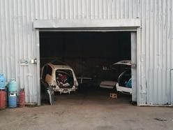 Stolen cars found at suspected Bloxwich 'chop shop'