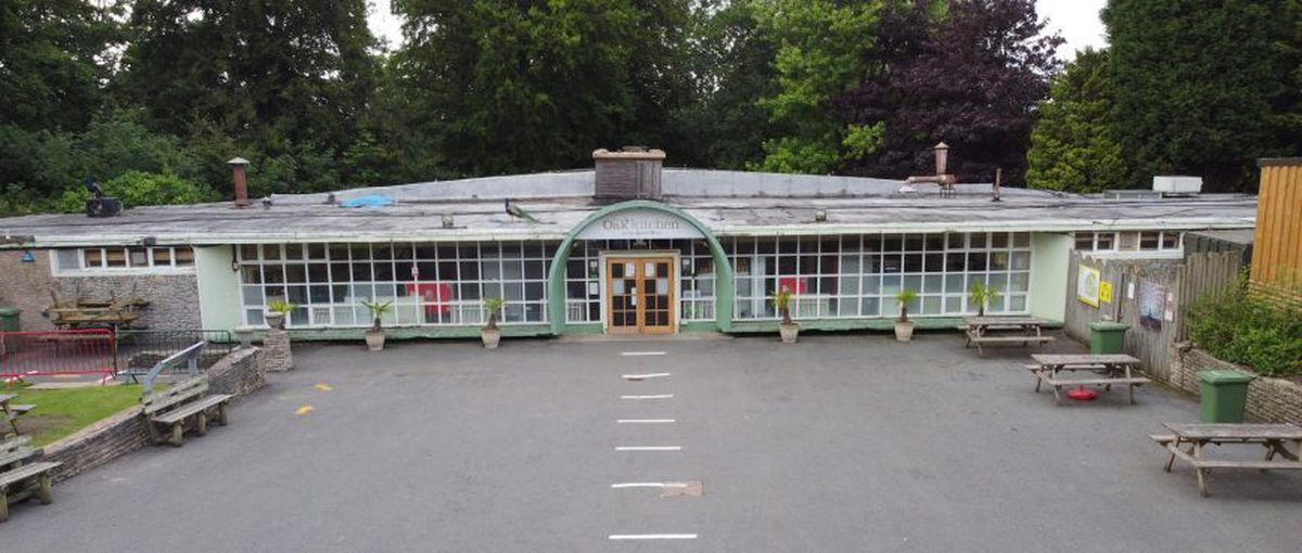 The Queen Mary restaurant at Dudley Zoo and Castle