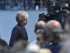 Chequers plan only route to Brexit deal – Theresa May at Salzburg talks