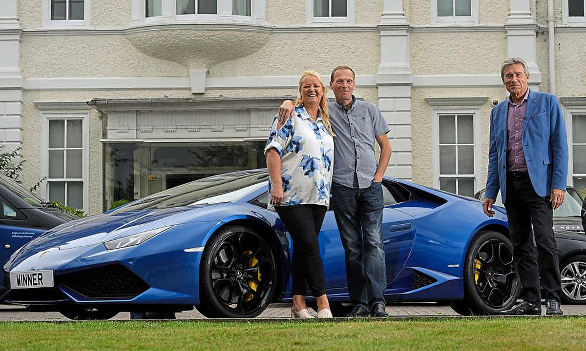 Denise and Stuart get car advice from Grand Prix driver Tiff Needell