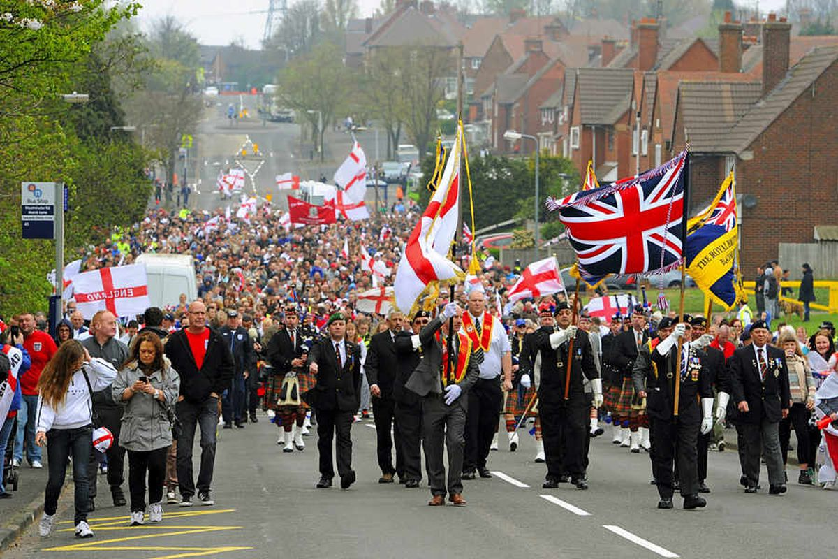 15,000 on streets for St George's Day