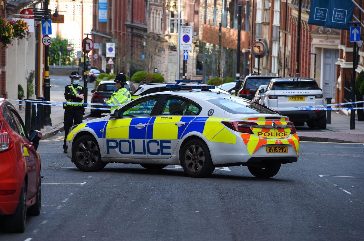 Police on Barwick Street. Photo: SnapperSK