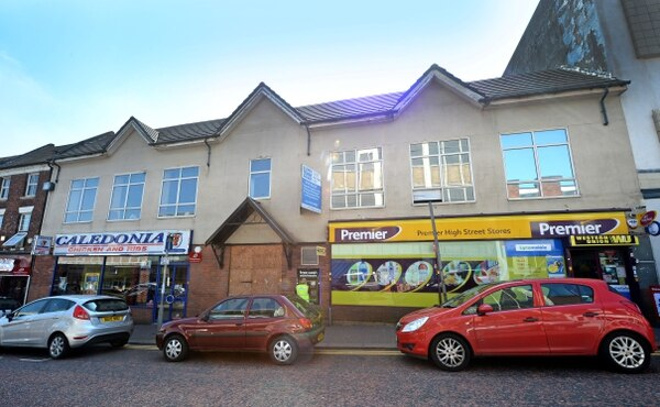 Dudley High Street Shopping Parade On Sale For 163 1 5m