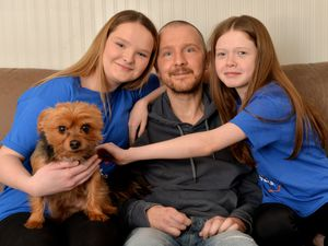 Mark Lythgoe with his two nieces both aged 10 from Lichfield, left, Layla Kulik and Annie Bourne who wanted to do whatever they could to raise a little money for the Motor Neurone Association
