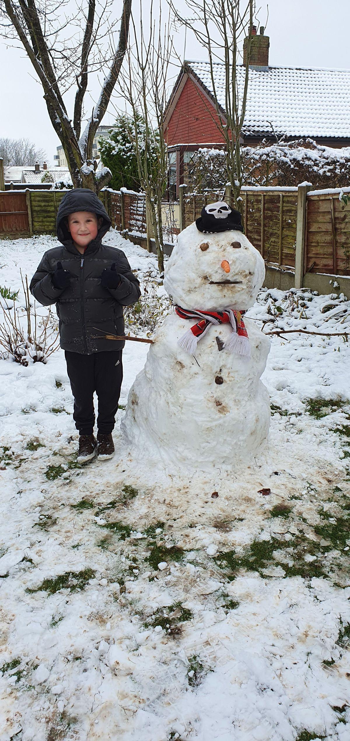 Snowy fun in Little Bloxwich. Photo: Maria Moore.