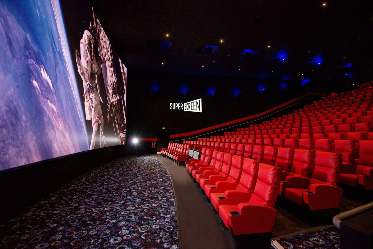 Cineworld Wolverhampton Superscreen