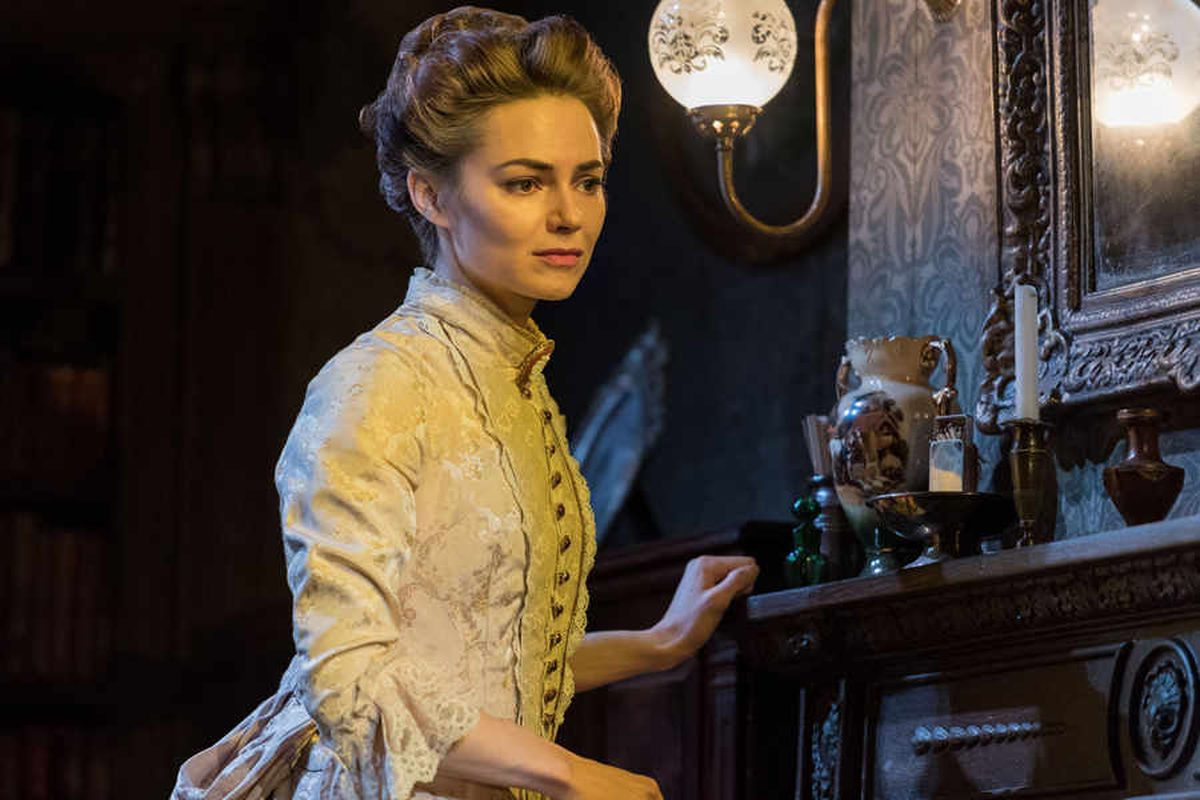 Gaslight, New Alexandra Theatre, Birmingham - review and pictures