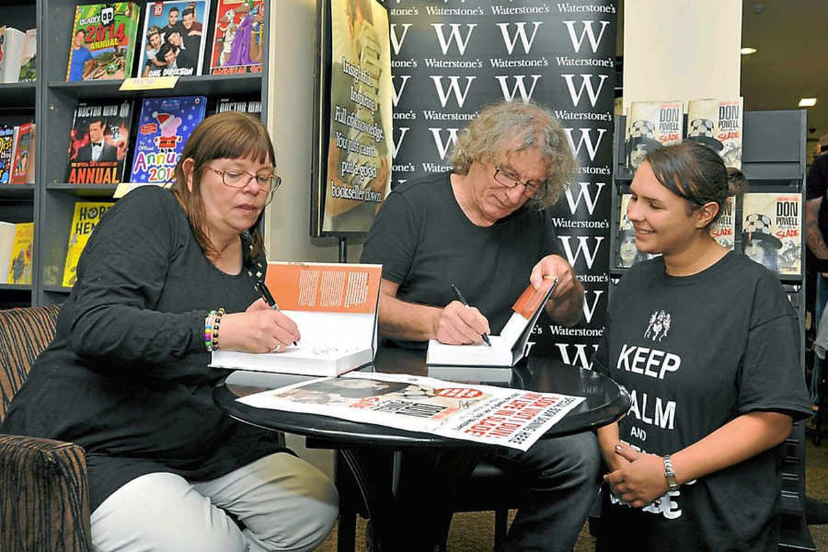 Fans flock to see Wot Slade's Don has Dun