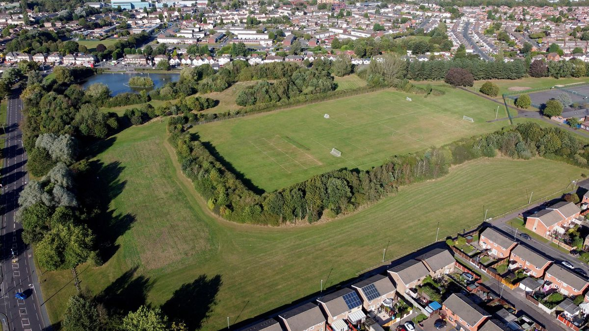 An aerial photo of The Grapes pool area off Moseley Road, Bilston
