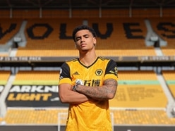 Confirmed: Wolves snap up Ki-Jana Hoever from Liverpool
