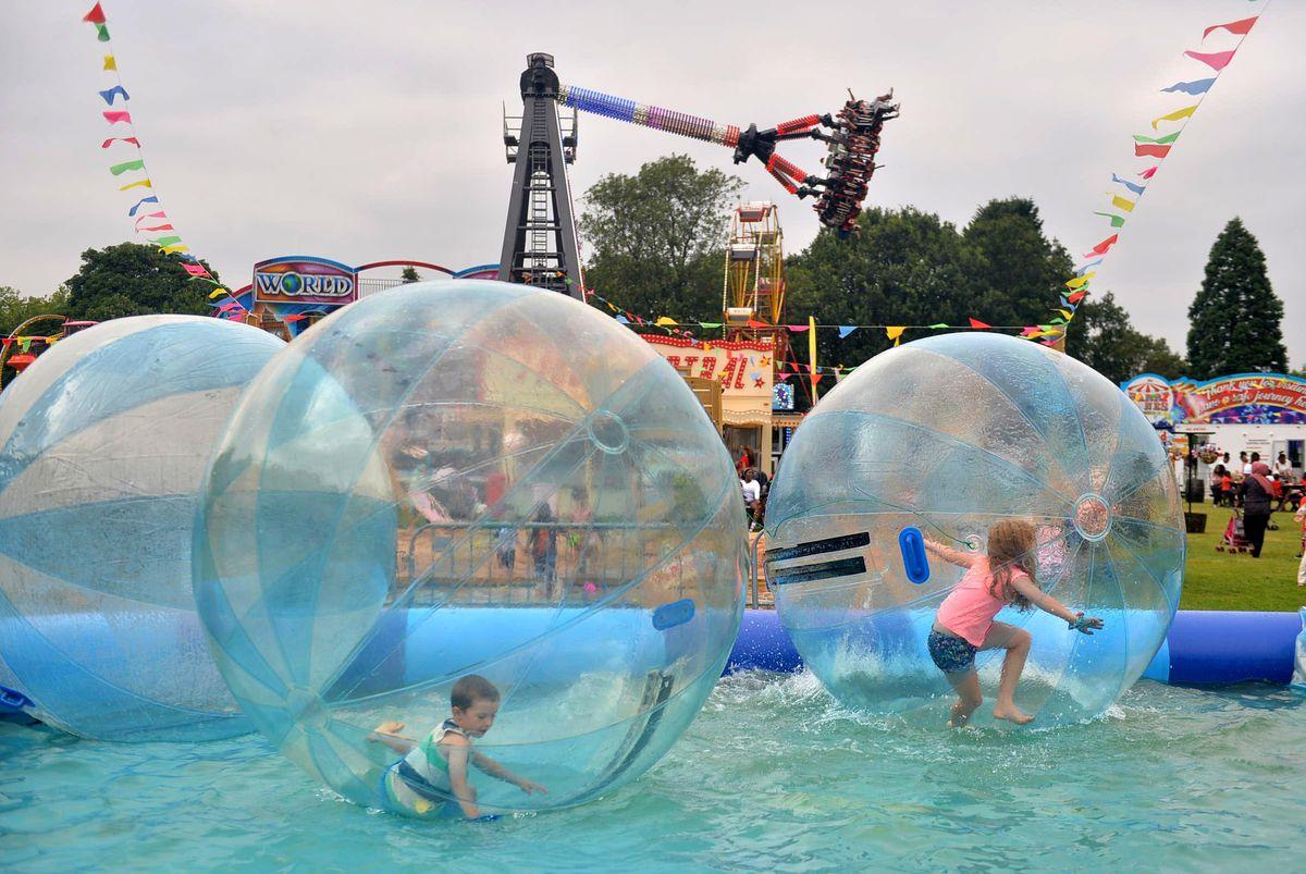 Harry Jones' fun fair at West Park