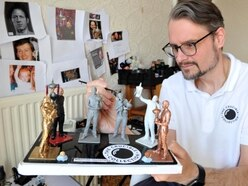 Snooker loopy Great Barr man creates miniatures of his favourite stars