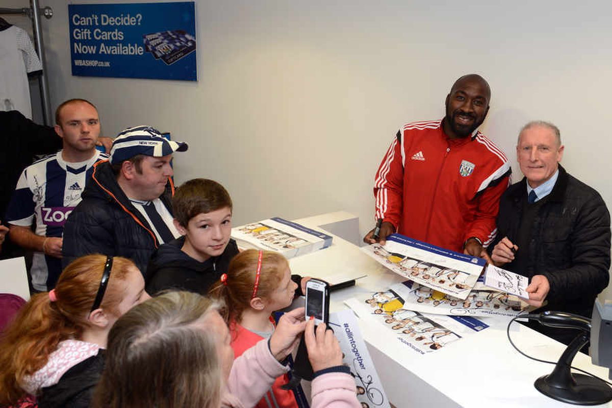 Young fans meet the stars
