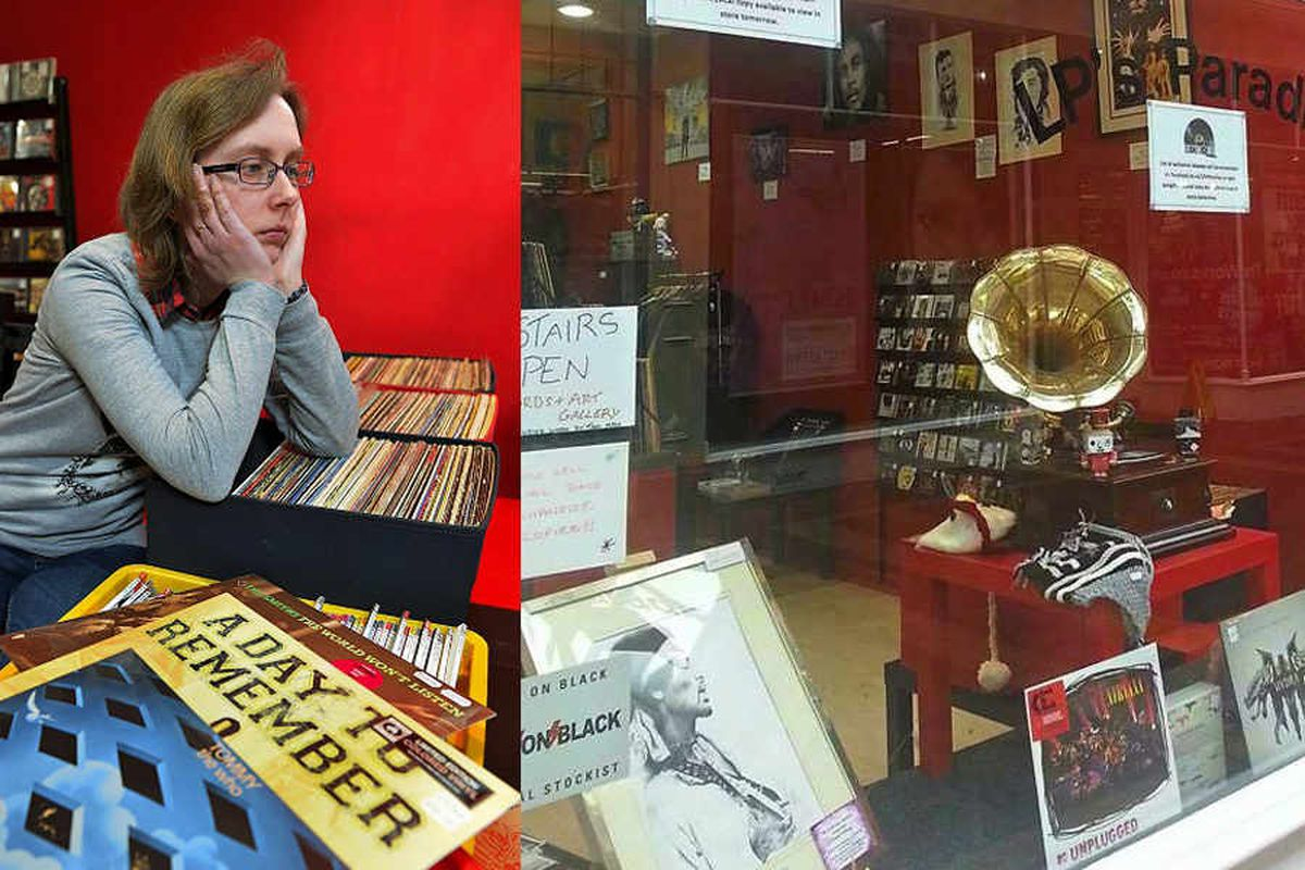 Gramophone is stolen from Walsall music shop